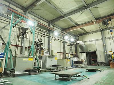 溶解炉 4基 アルミ、マグネシウムに対応